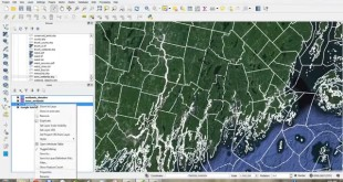 Dissolve and Calculate Geometry in QGIS